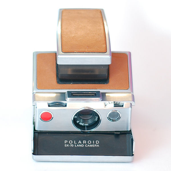 600px-Polaroid_SX-70_Land_Camera